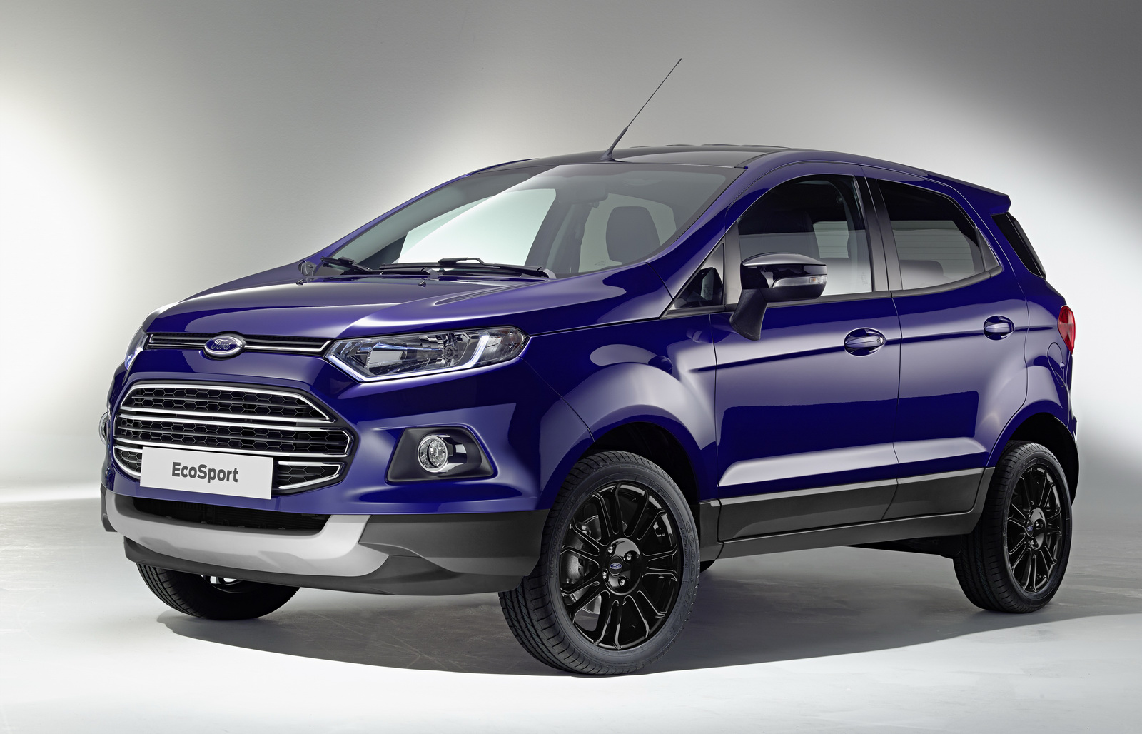 4 photos 2015 ford ecosport