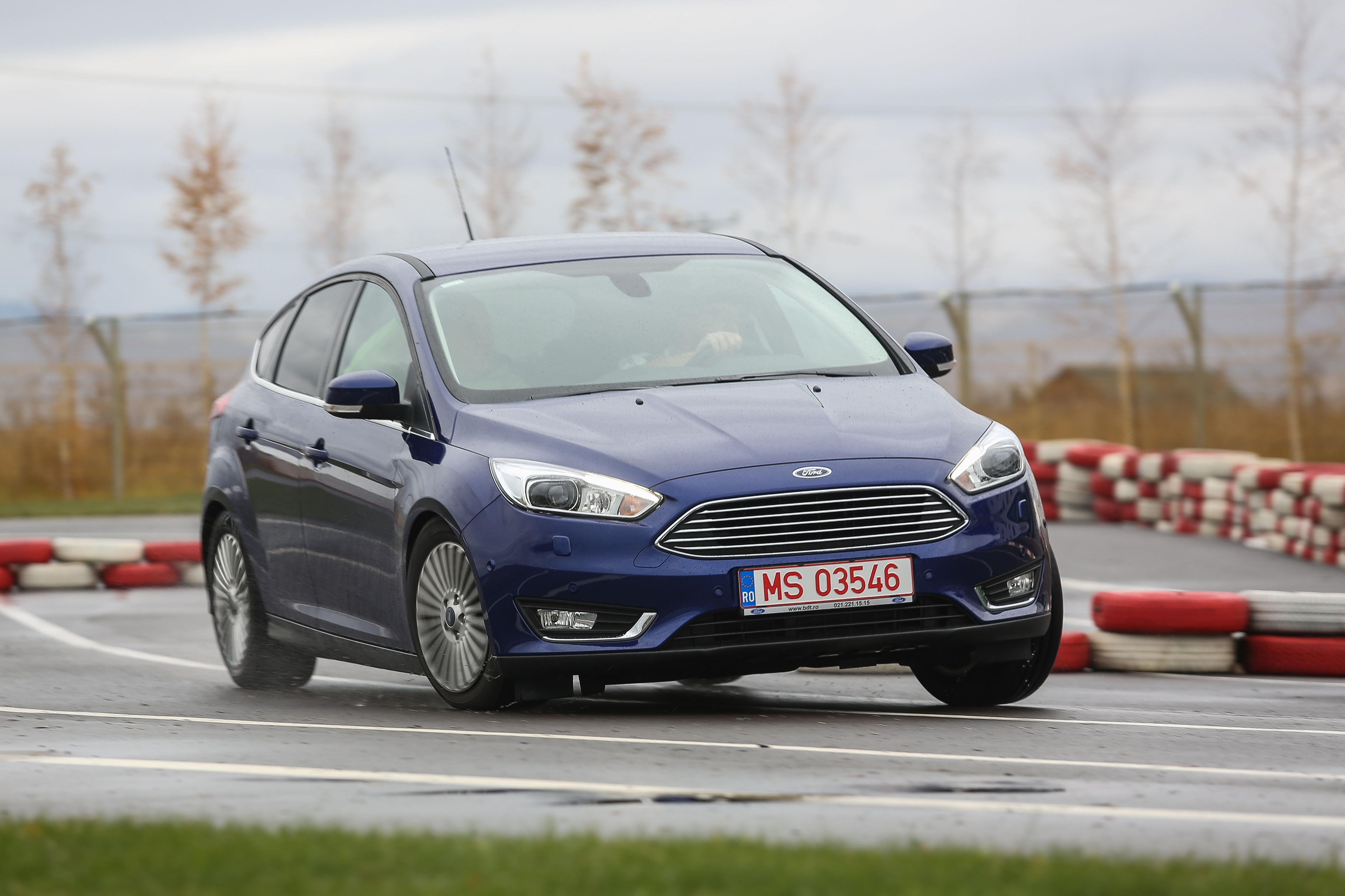 2015 Ford Focus Facelift HD Wallpapers