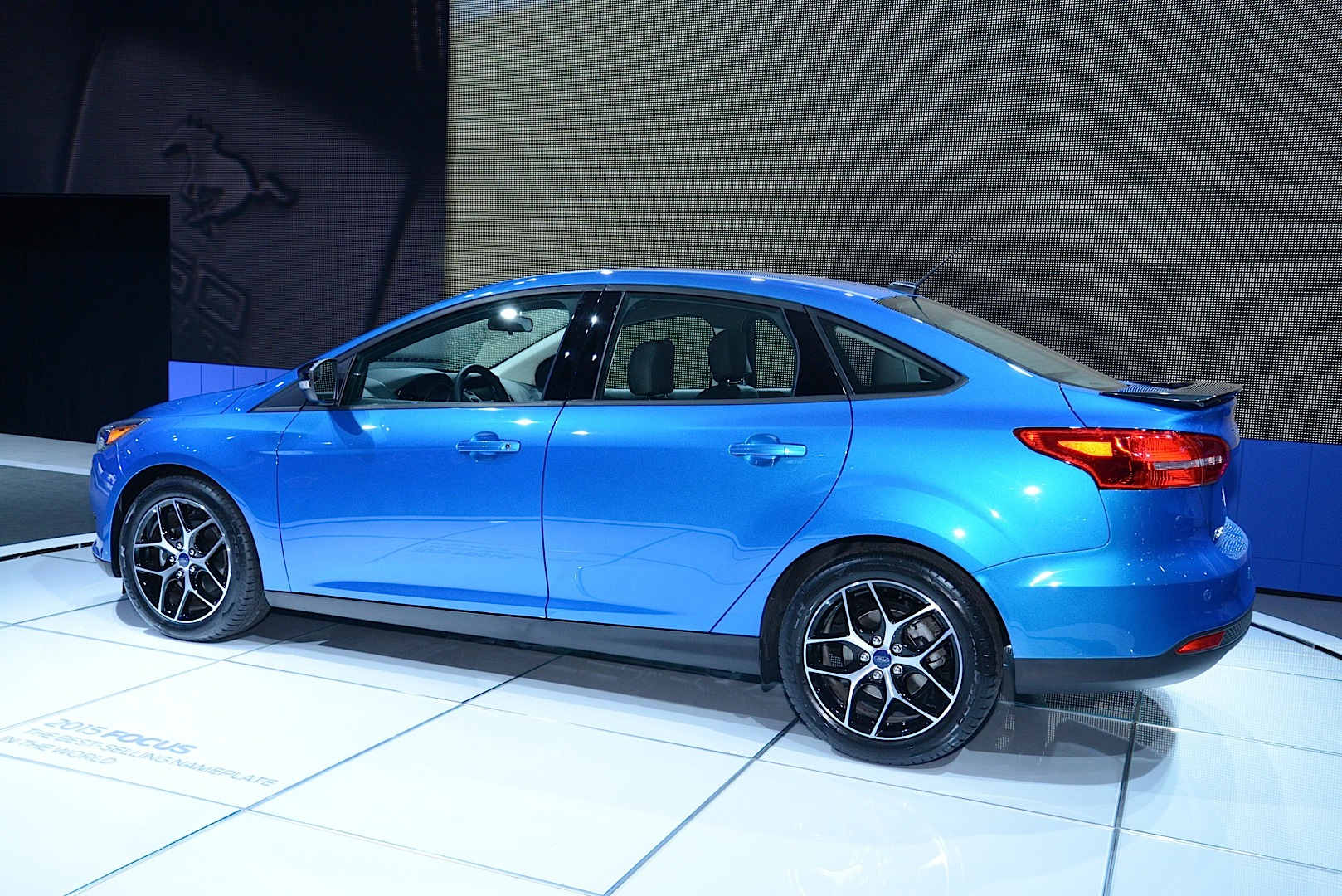 2015 Ford Focus Sedan and Electric Debut at New York Auto Show