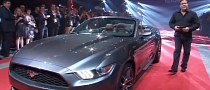 2015 Ford Mustang Convertible Shown in Australia [Video]