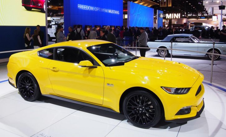 2015 ford mustang named best all new production vehicle at chicago auto show autoevolution. Black Bedroom Furniture Sets. Home Design Ideas