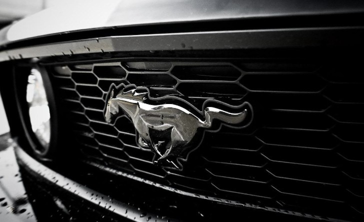 2015 Ford Mustang to Blend Updates and Tradition