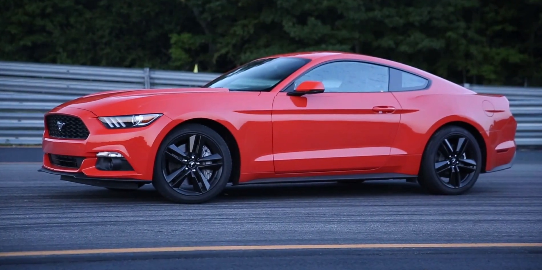 2015 Ford Mustang 2 3l Turbo Ecoboost Gets Positive Review
