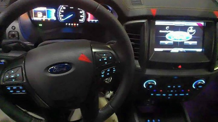2015 Ford Ranger Facelift Shows Us Its Interior
