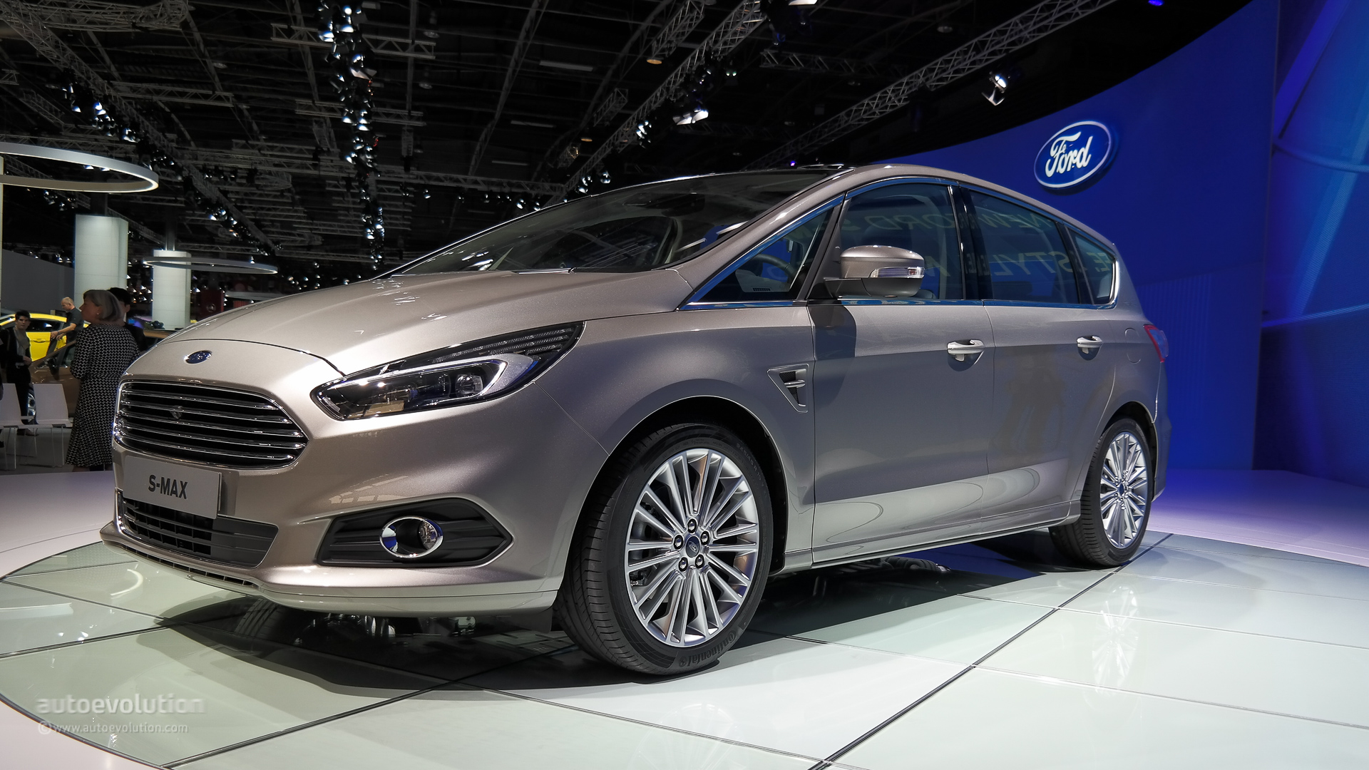 2015 ford s max is a posh family hauler live photos autoevolution. Black Bedroom Furniture Sets. Home Design Ideas