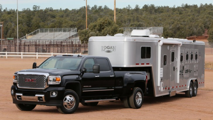 2015 gmc sierra 3500 hd beats ford f 350 ram 3500 hd in towing challenge autoevolution. Black Bedroom Furniture Sets. Home Design Ideas