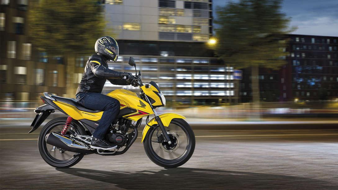 2015 Honda Cb125f Price Announced Claims A 600 Km Range Autoevolution