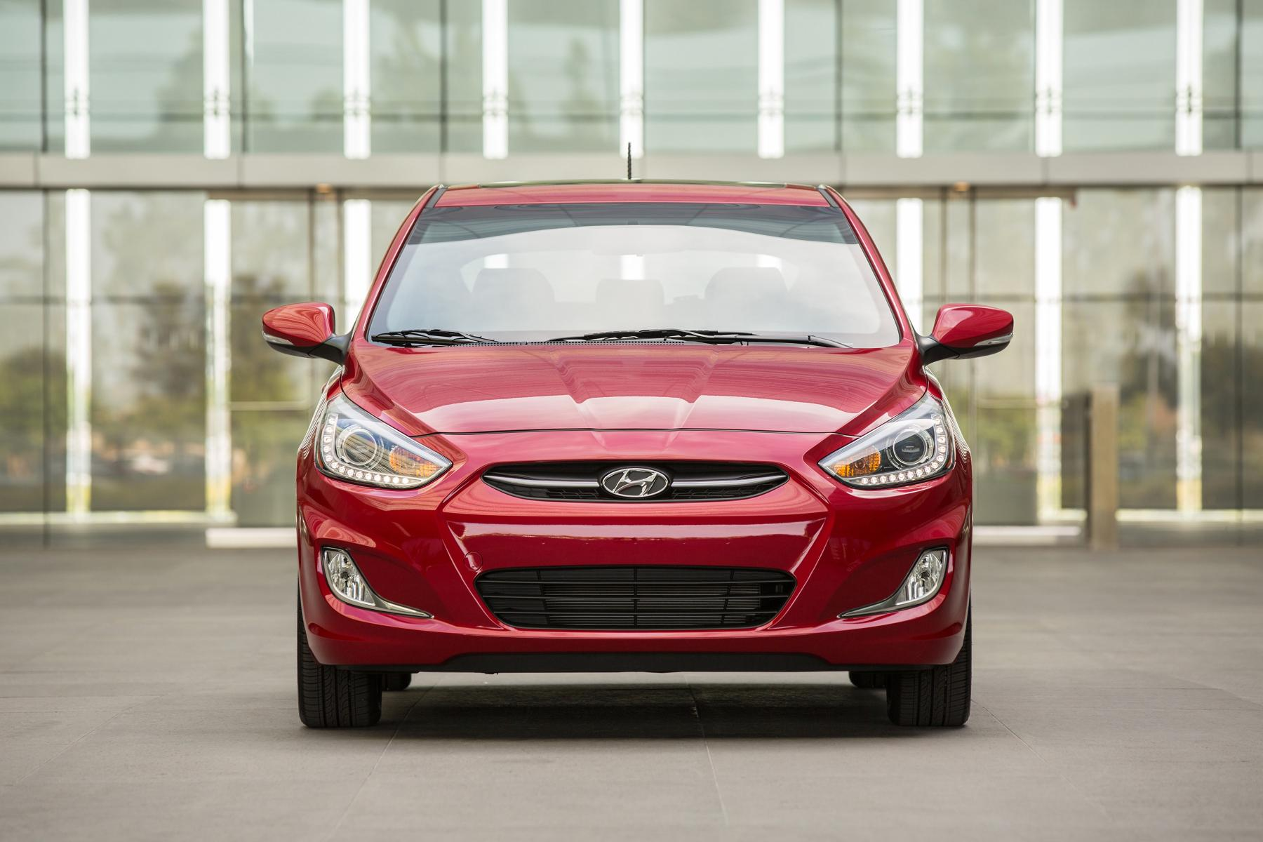 2015 hyundai accent is 100 more expensive than the 2014 model 11 photos 2015 hyundai accent publicscrutiny Images