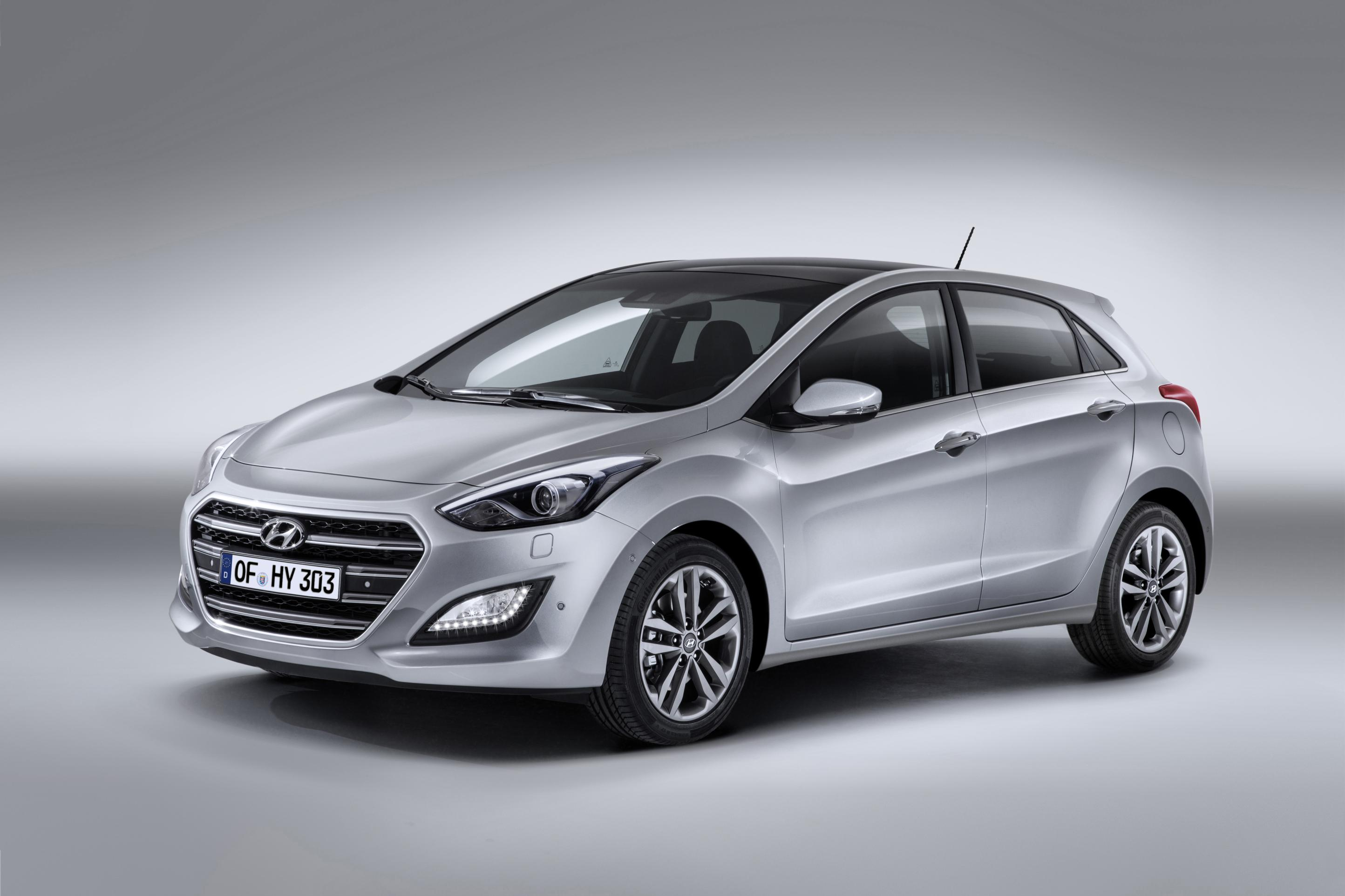 range monthly blue feature motor derivative rejuvenates revised gets grand front features rejuvenated new hyundai