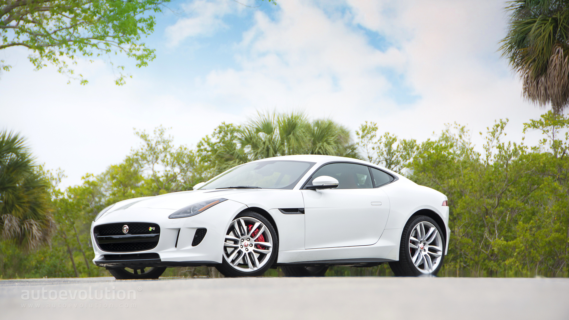 Jaguar f type coupe wallpaper - photo#21
