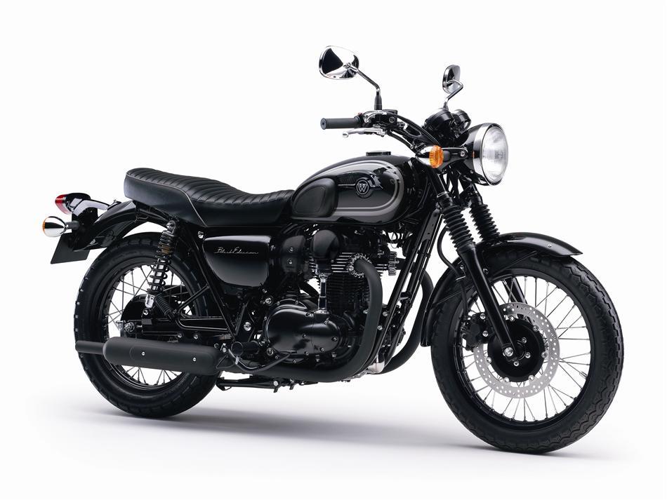 2015 Kawasaki W800 Black Edition Is As Elegant It Gets