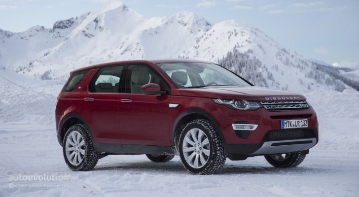2015 land rover discovery sport tested freelander lives on autoevolution. Black Bedroom Furniture Sets. Home Design Ideas
