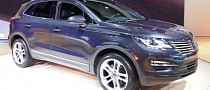 2015 Lincoln MKC Makes World Debut in LA [Live Photos]