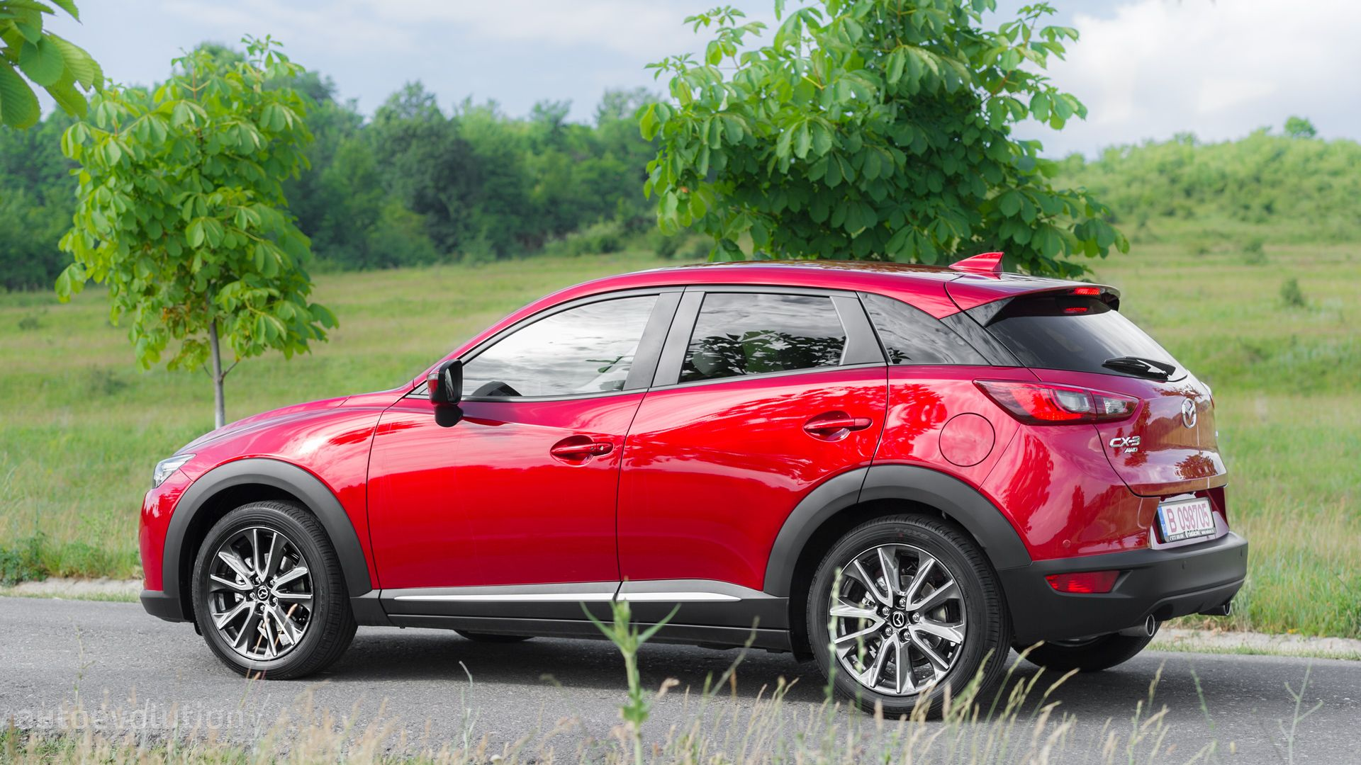 2015 Mazda Cx 3 Hd Wallpapers Kodo Lady In Red Autoevolution