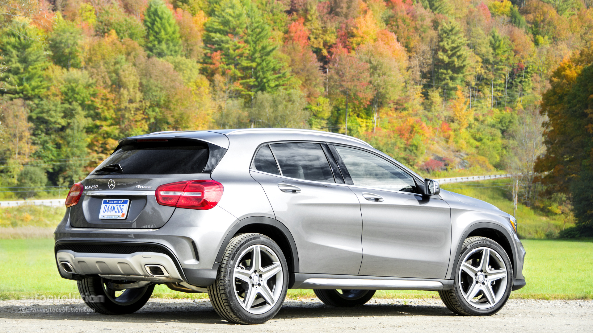 2015 mercedes benz gla250 4matic hd wallpapers autoevolution for 2015 mercedes benz gla250 4matic for sale