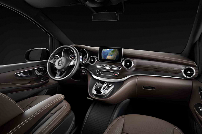 2015 Mercedes-Benz Viano Interior Leaked [Gallery Photo]