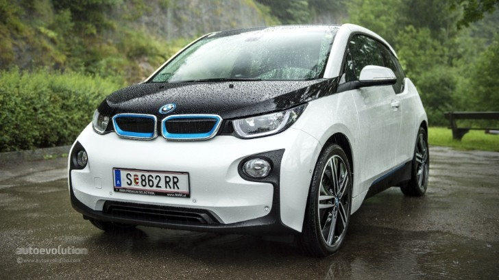 2015 model year bmw i3 gets a 1 050 price increase autoevolution. Black Bedroom Furniture Sets. Home Design Ideas