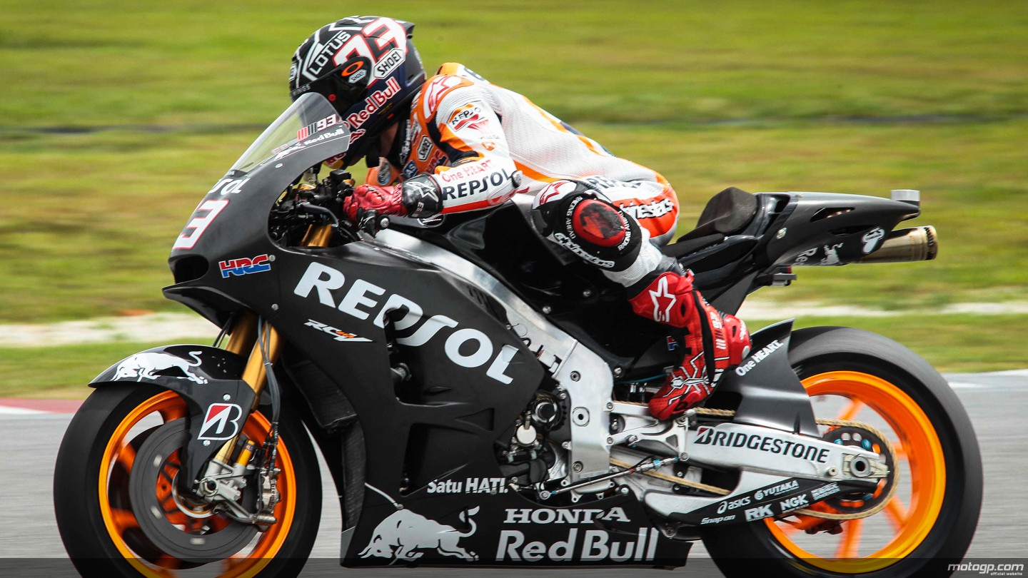 2015 MotoGP: Marquez Tops Day 1 at Sepang, No Huge Surprises on the Track - autoevolution