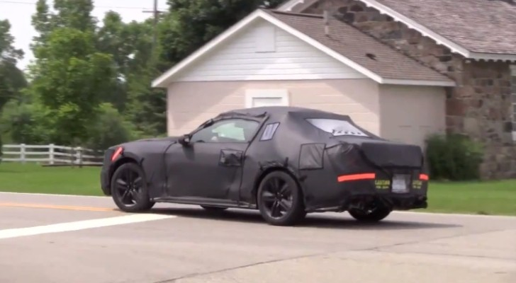 2015 Mustang GT Spotted in Motion - V8 Growl Included [Video]