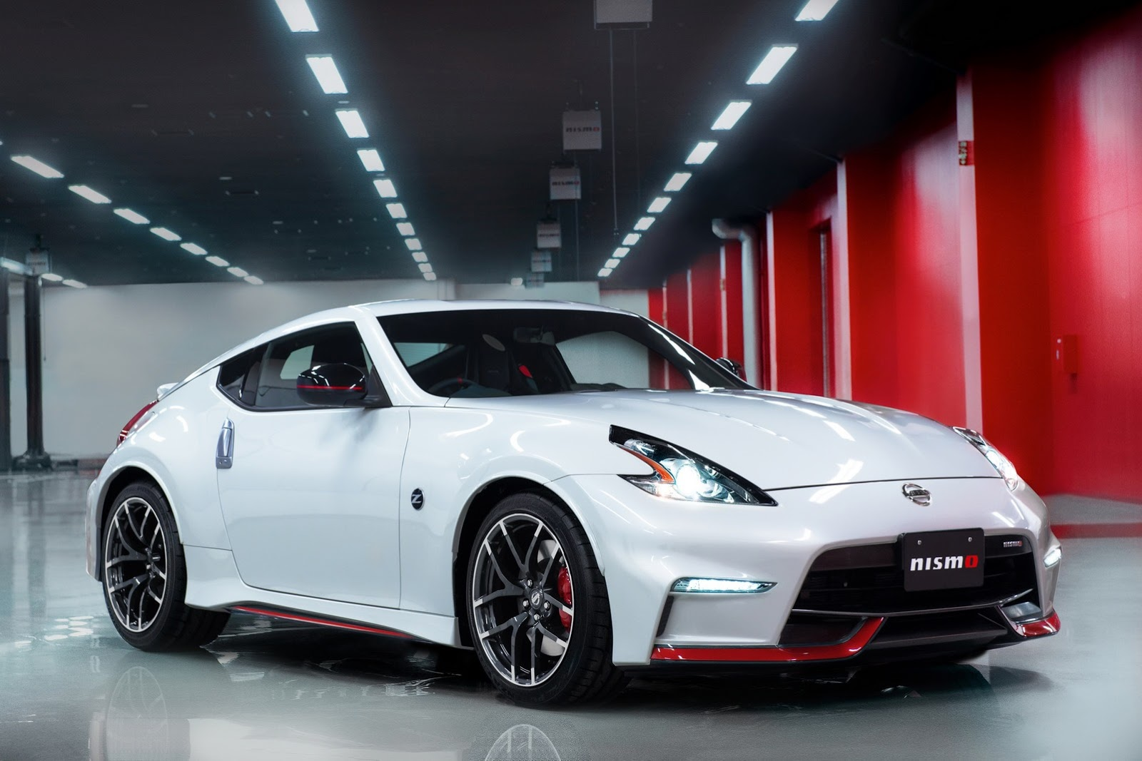 28 Photos 2017 Nissan 370z