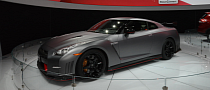 2015 Nissan GT-R Nismo at the LA Auto Show [Live Photos]