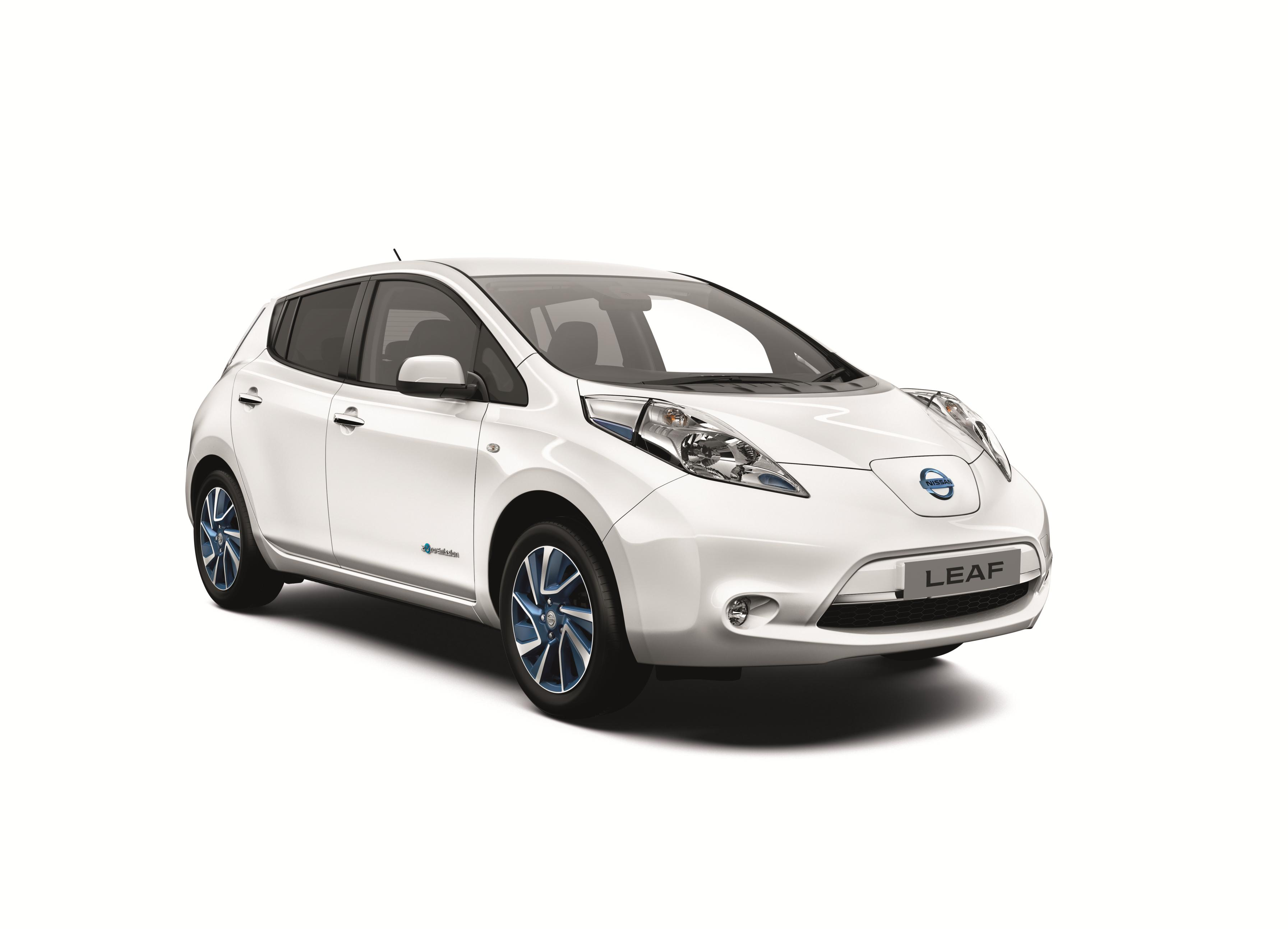 side and old news compared new electric articles nissan frankfurt car releases vs press motor leaf by show