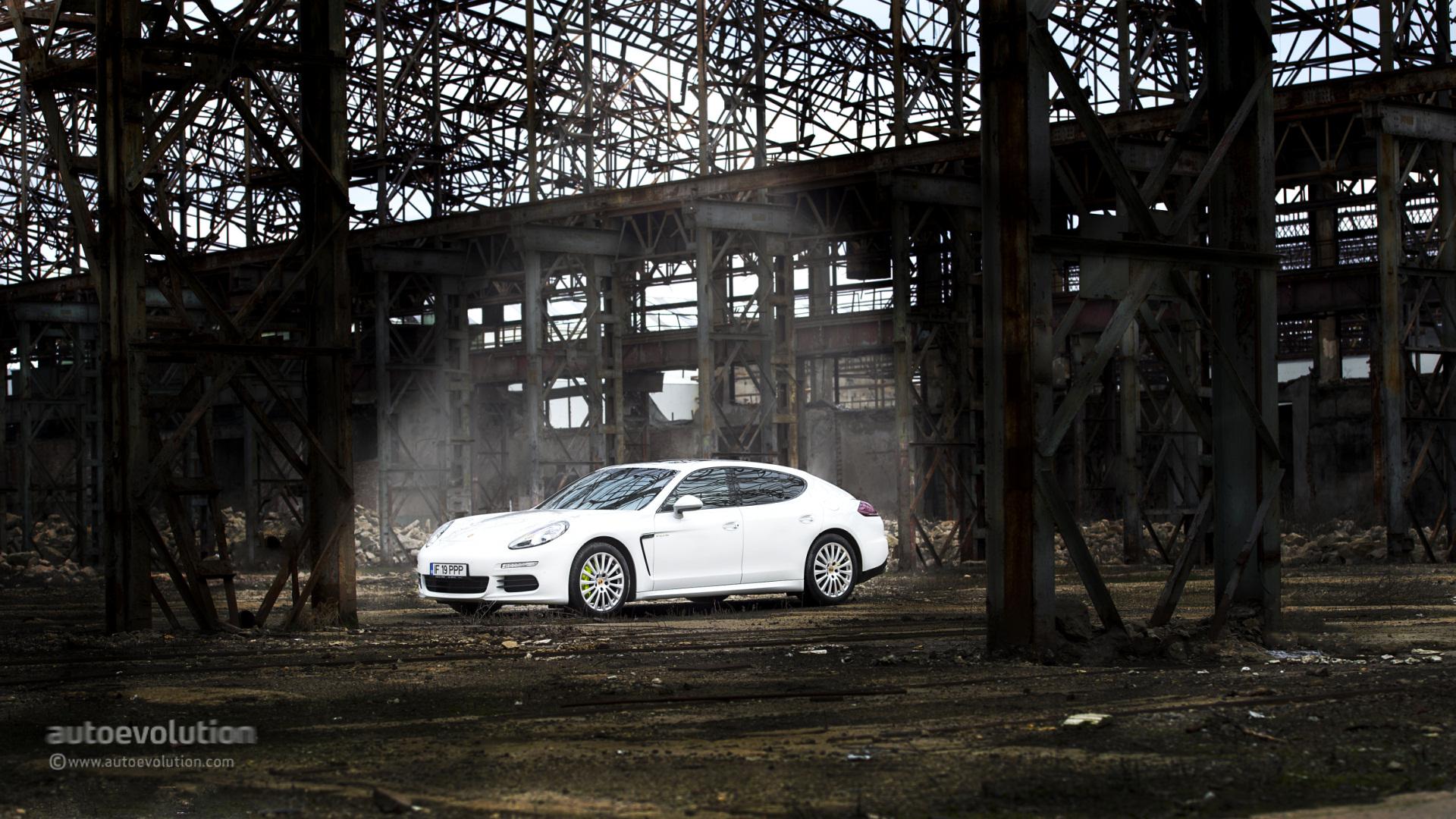 2015 Porsche Panamera S E Hybrid Hd Wallpapers Autoevolution
