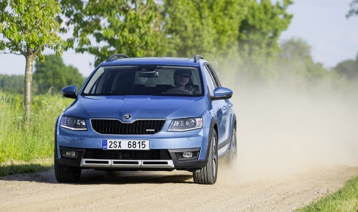 2015 skoda octavia scout 1 8 tsi acceleration test. Black Bedroom Furniture Sets. Home Design Ideas