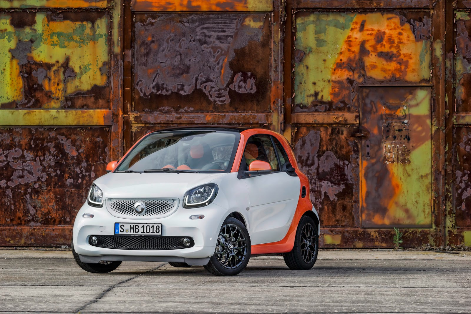 2015 smart fortwo forfour pricing announced first deliveries this november autoevolution. Black Bedroom Furniture Sets. Home Design Ideas