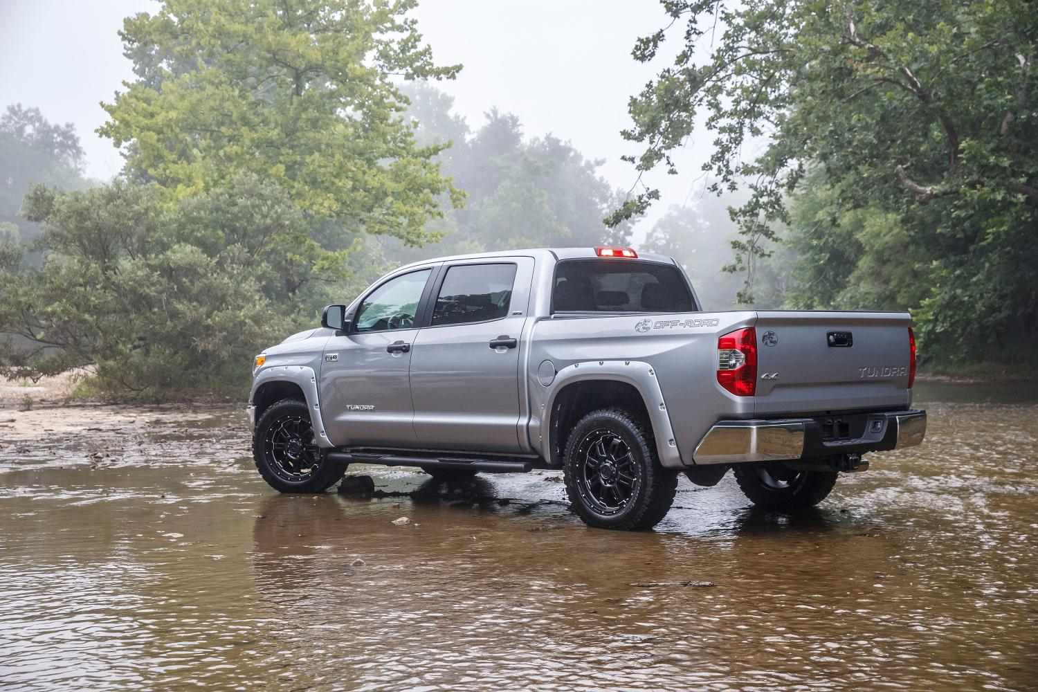 2015 Toyota Tundra Bass Pro Shops Off Road Edition Breaks Cover