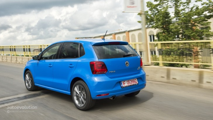 2015 volkswagen polo quietly adds 110 hp 1 0 tsi turbo 3 cylinder engine autoevolution. Black Bedroom Furniture Sets. Home Design Ideas