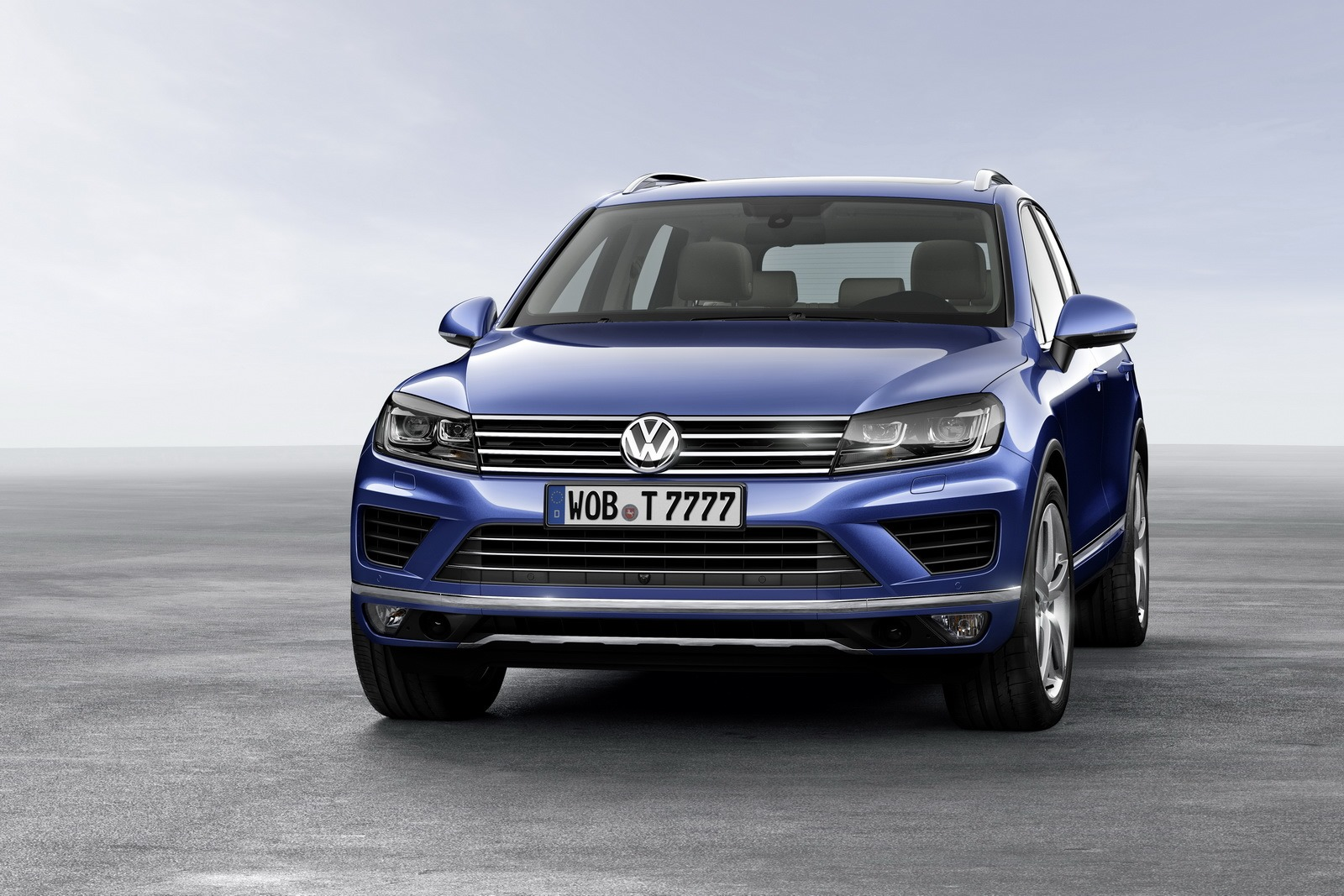 2015 volkswagen touareg facelift brings new features autoevolution