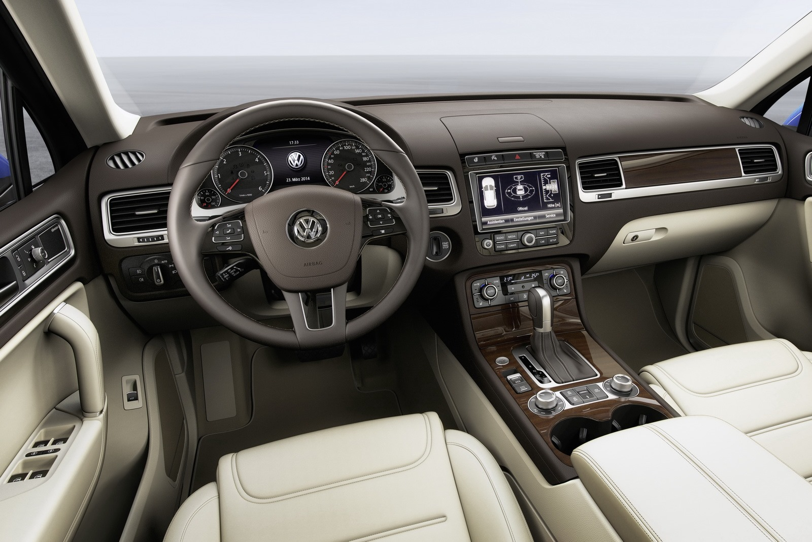 2015 volkswagen touareg facelift brings new features autoevolution. Black Bedroom Furniture Sets. Home Design Ideas