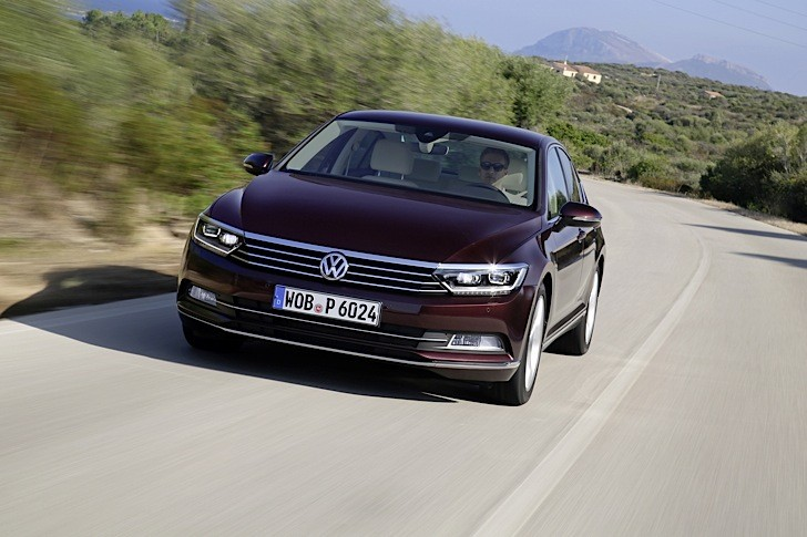 2015 volkswagen passat 1 4 tsi 150 hp acceleration test. Black Bedroom Furniture Sets. Home Design Ideas