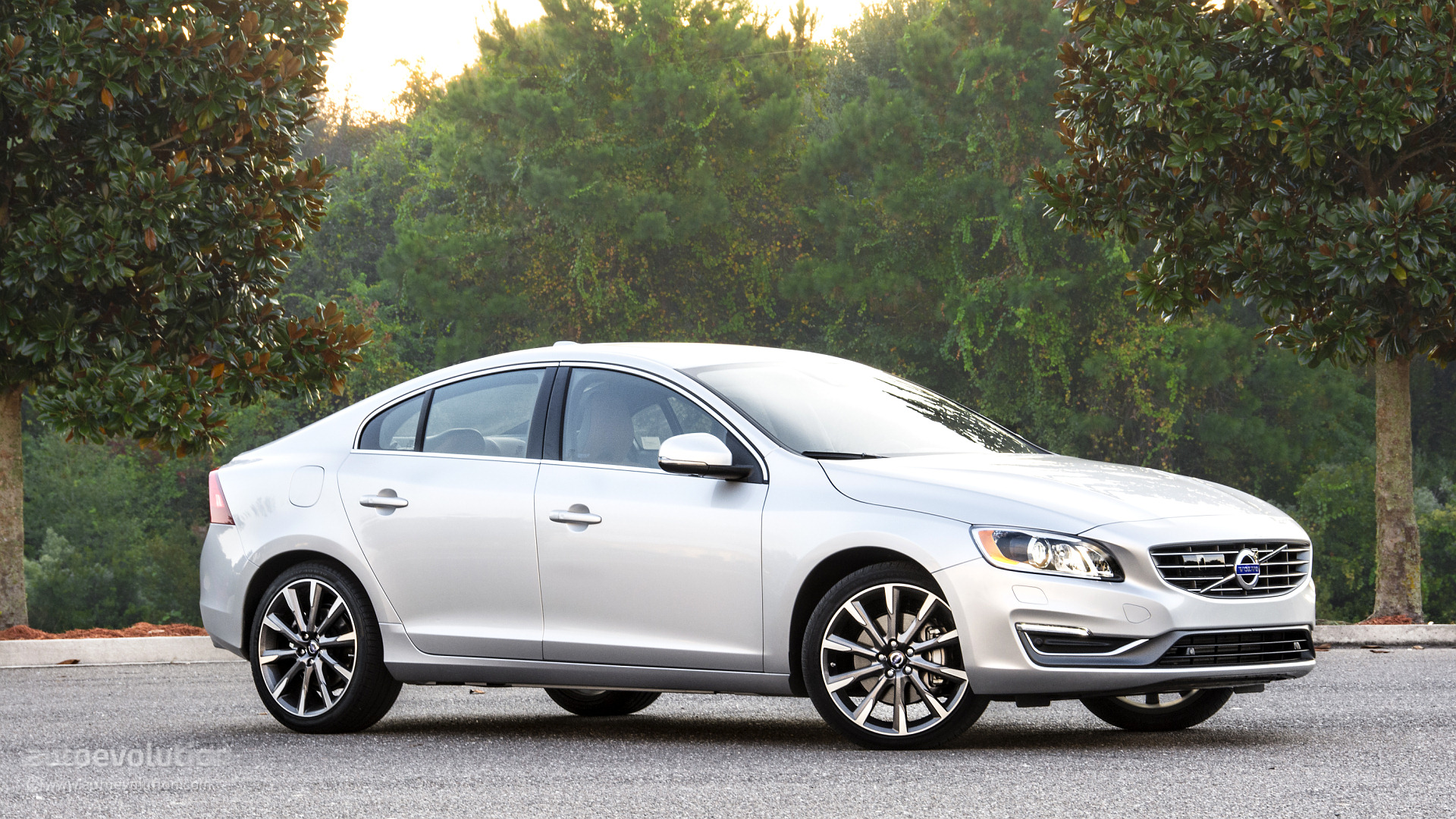 2015 Volvo S60 T6 Drive E Wallpapers Autoevolution
