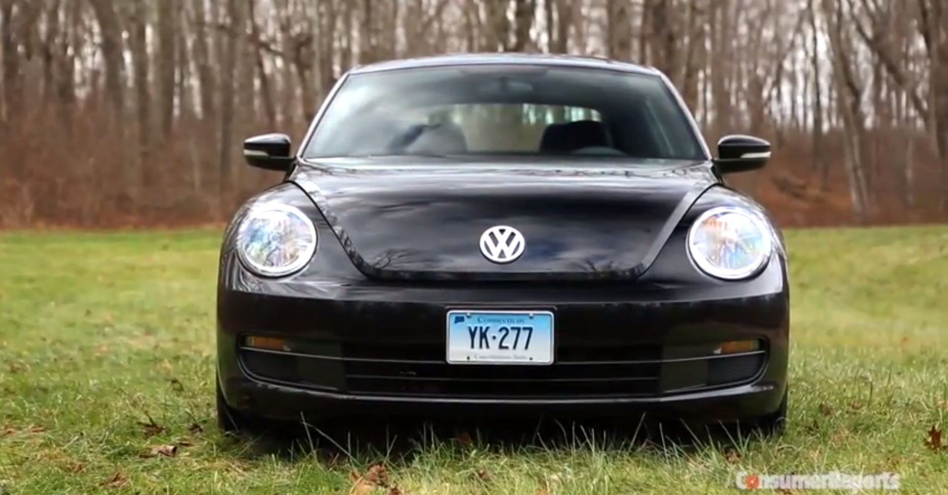 2015 vw beetle praised for 1 8 turbo by consumer reports autoevolution. Black Bedroom Furniture Sets. Home Design Ideas