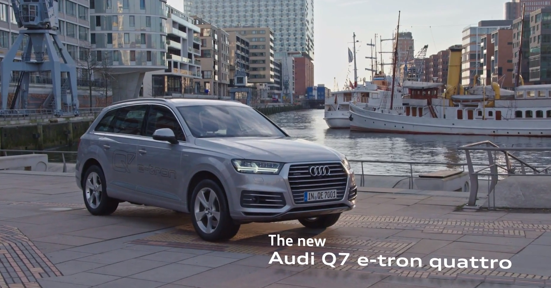 2016 audi q7 e tron diesel phev makes video debut with electric city driving autoevolution. Black Bedroom Furniture Sets. Home Design Ideas
