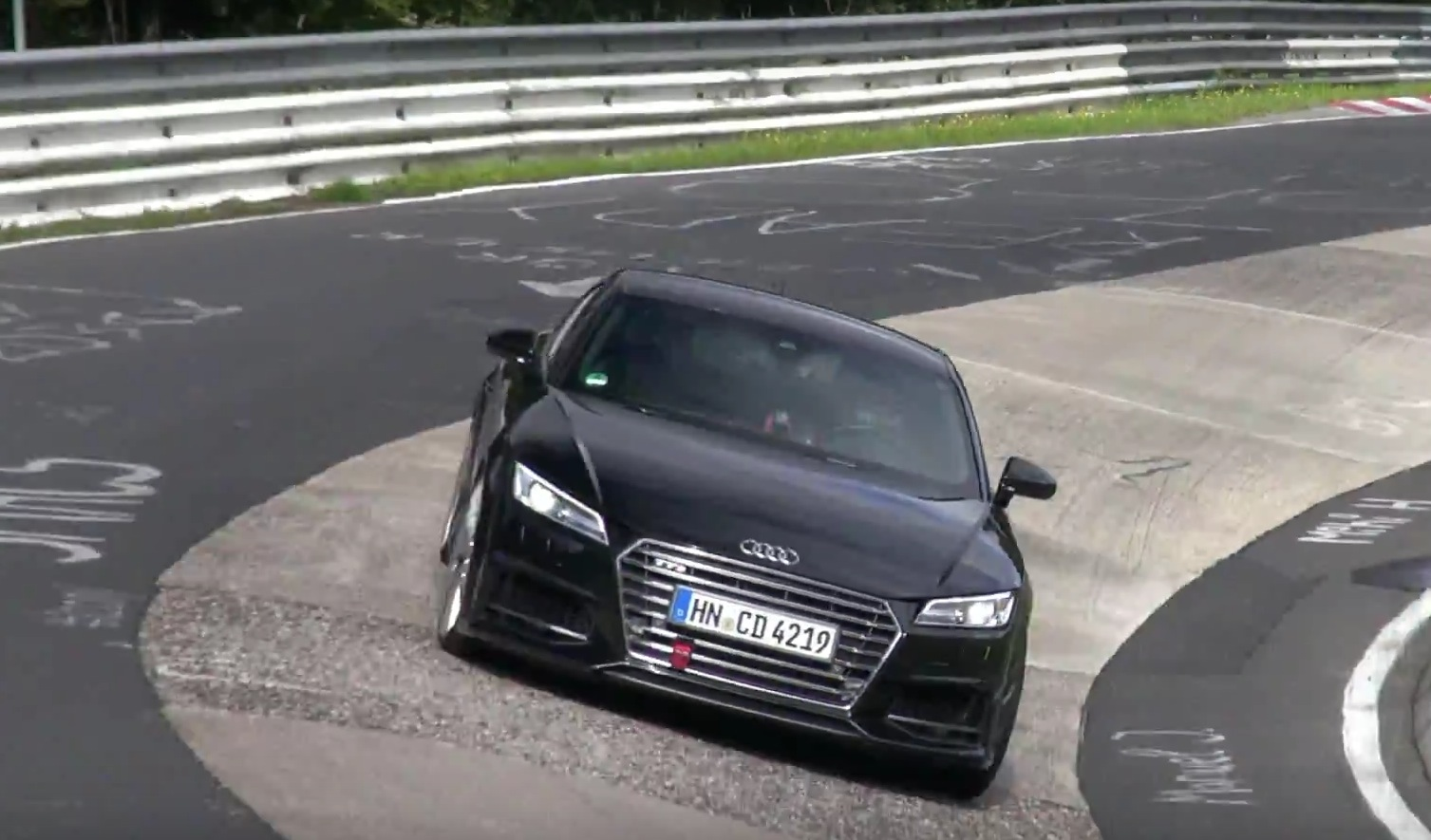 2016 audi tt rs continues testing with 2 5 tfsi under tts disguise autoevolution. Black Bedroom Furniture Sets. Home Design Ideas