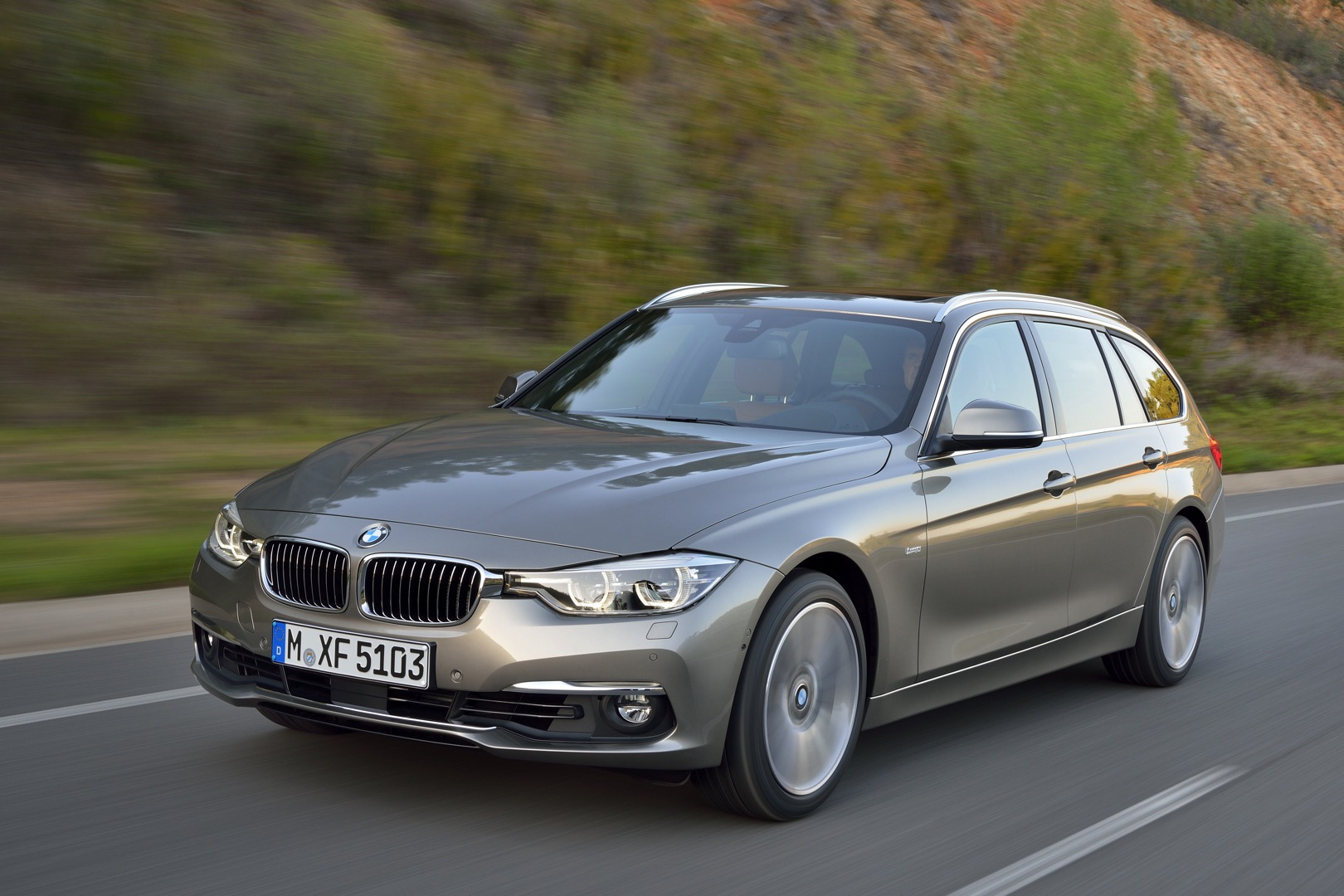 2016 bmw 3 series facelift equipment lines detailed autoevolution. Black Bedroom Furniture Sets. Home Design Ideas