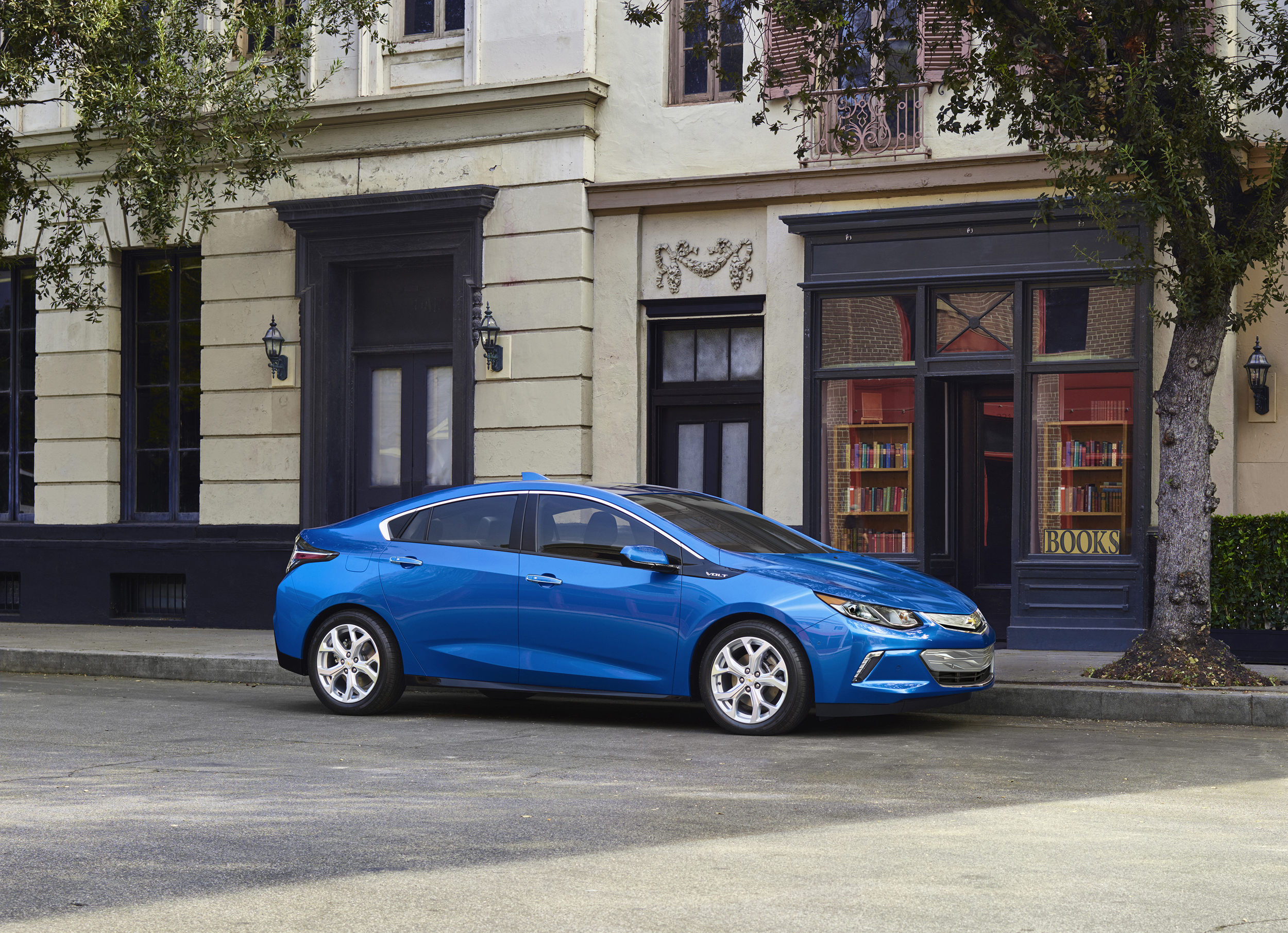 11 Photos 2016 Chevrolet Volt