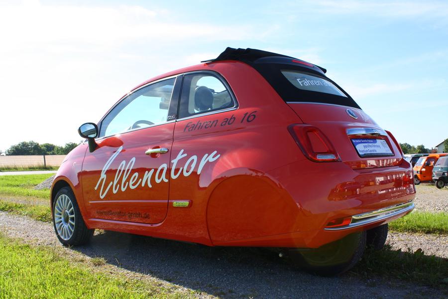 2016 Fiat 500 Cabrio 3 Wheeler Looks Strangely Appealing