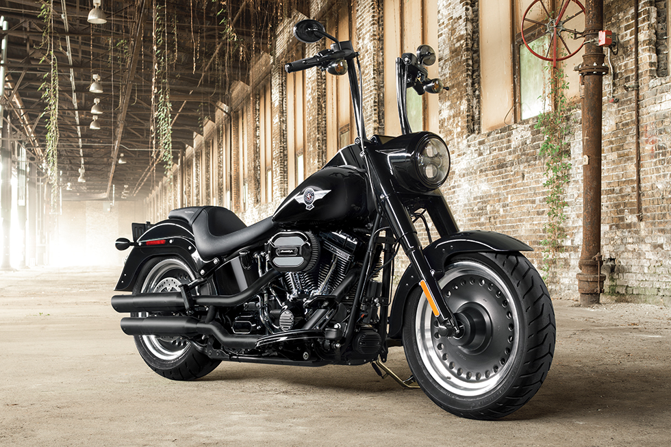 2016 harley-davidson fat boy s is only available in black