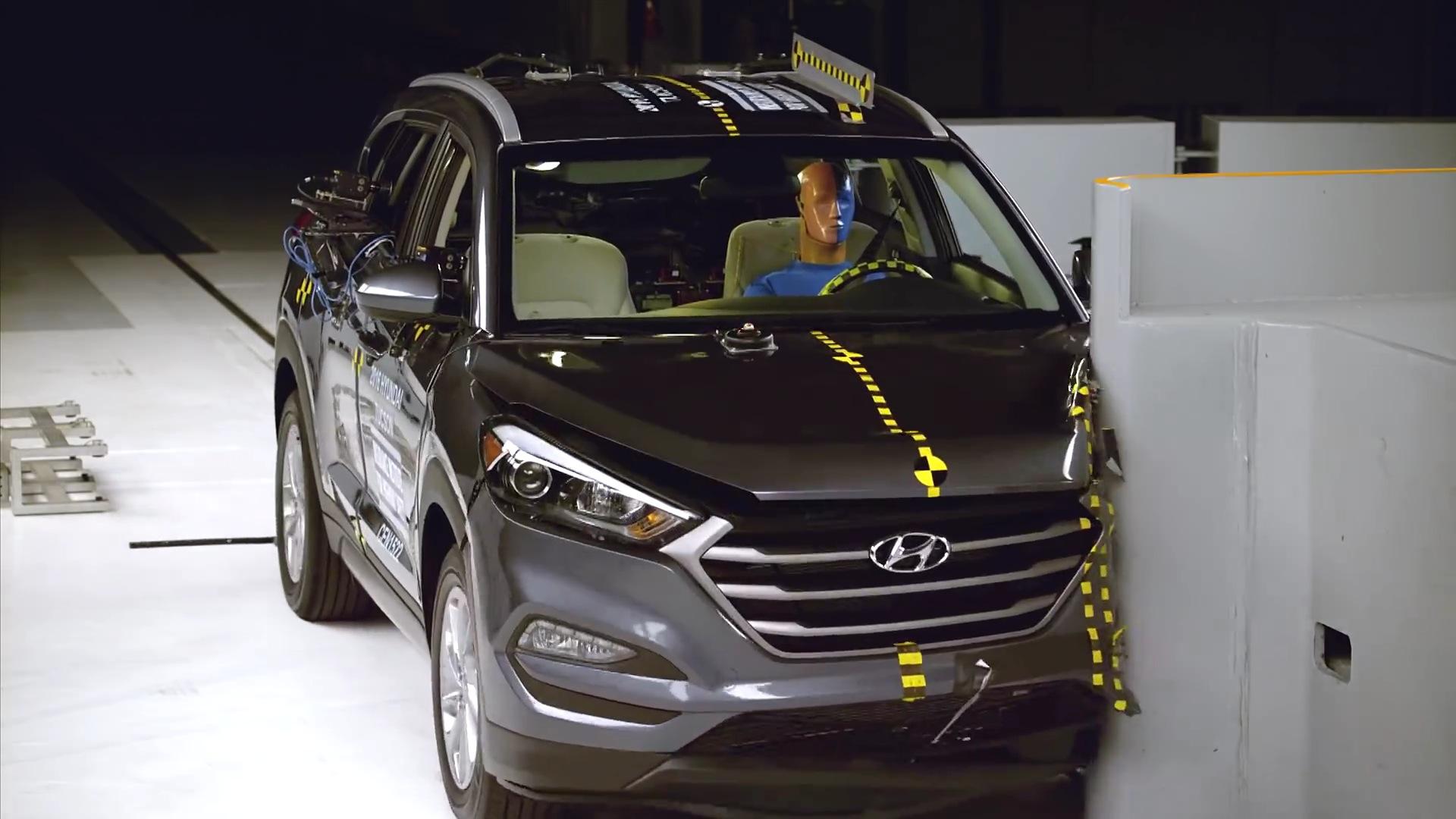 Iihs Safety Ratings >> 2016 Hyundai Tucson Aces Iihs Crash Tests Gets Maximum Safety