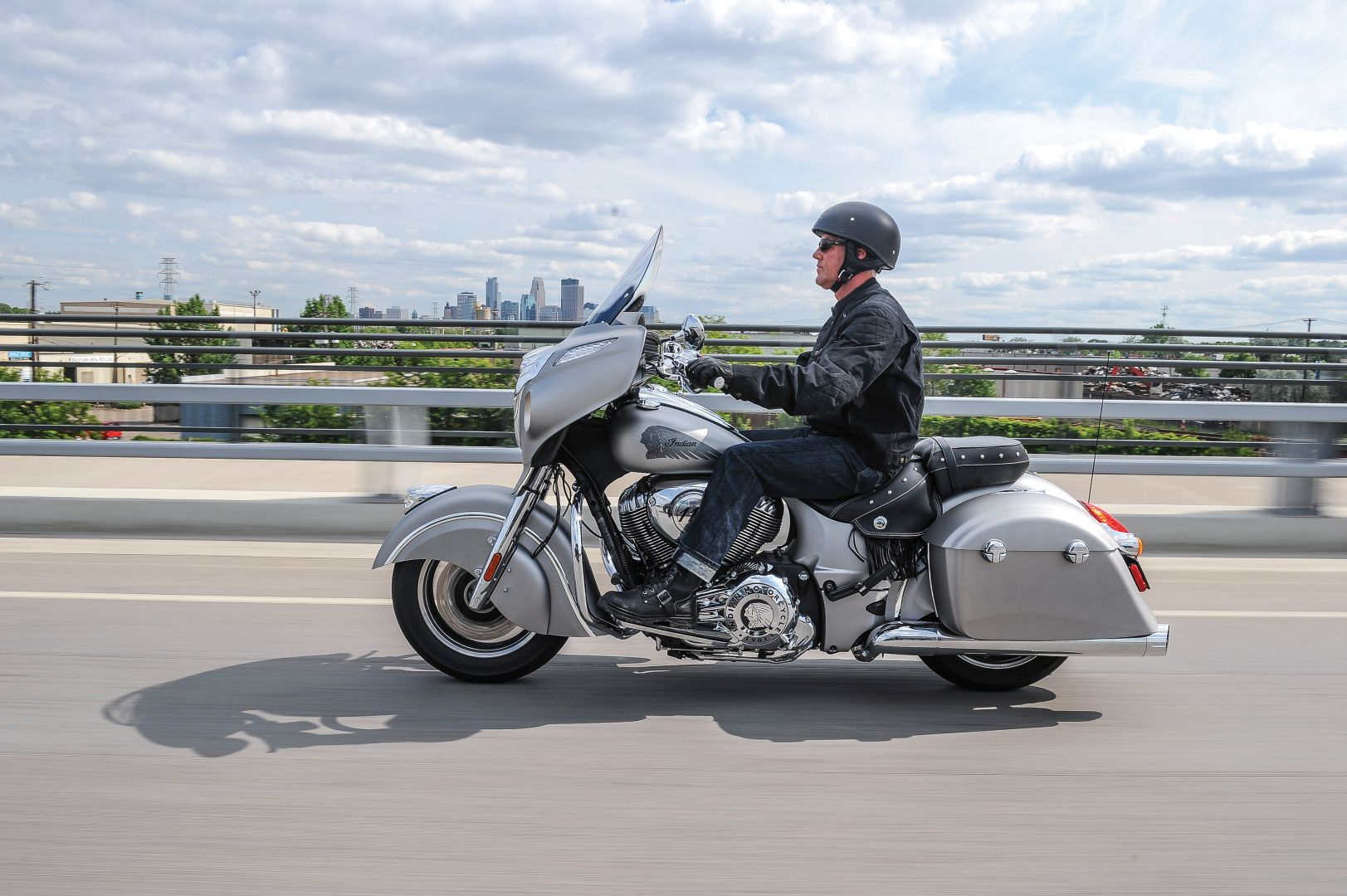 20 Photos 2016 Indian Chieftain