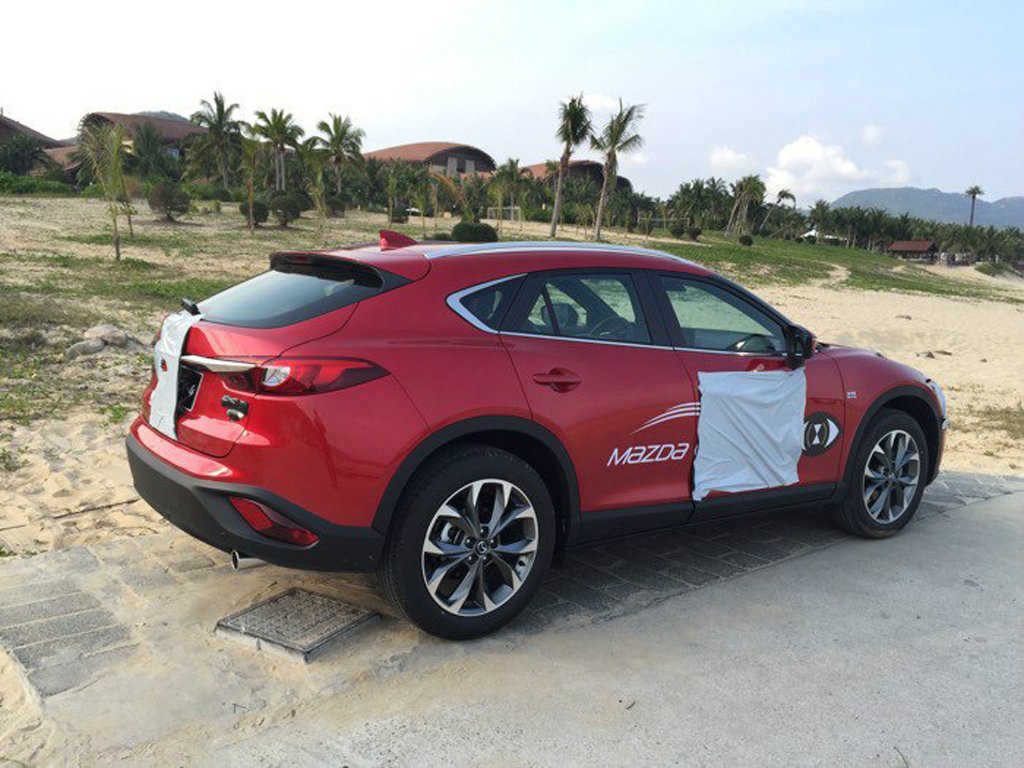 2016 Mazda CX-4 Reveals Itself Ahead of Beijing Motor Show ...