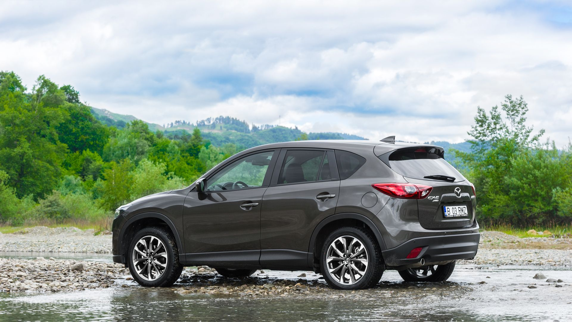 2016 mazda cx 5 facelift tested reinventing a paragon autoevolution. Black Bedroom Furniture Sets. Home Design Ideas