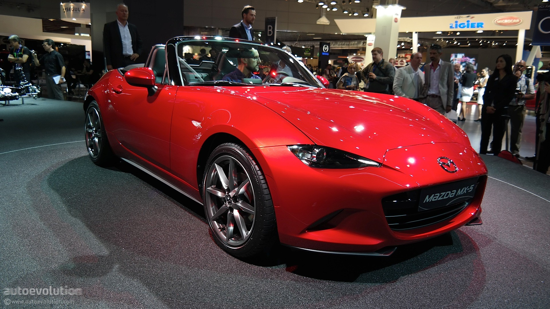 2016 mazda mx 5 miata us base pricing set at 24 915 autoevolution. Black Bedroom Furniture Sets. Home Design Ideas