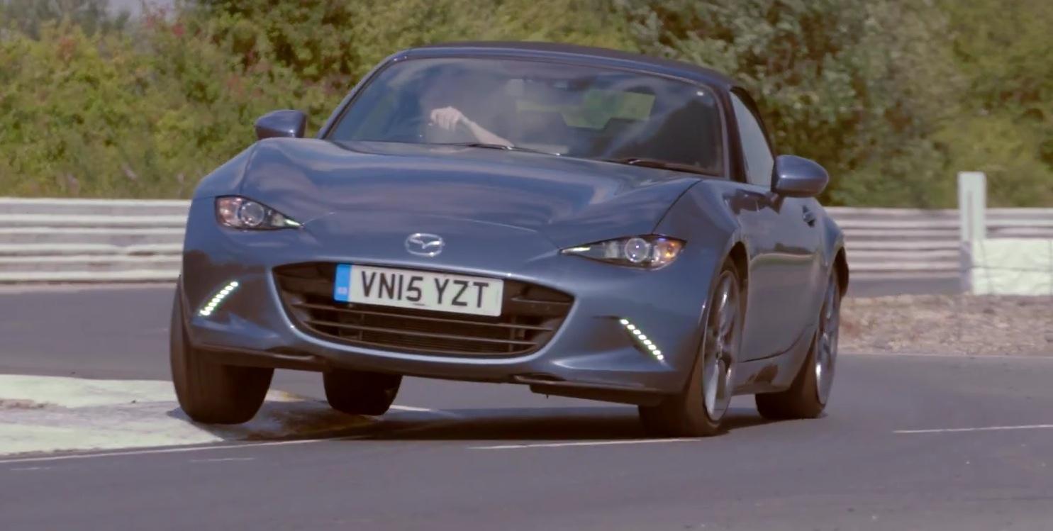 Toyota Com Mx >> 2016 Mazda Mx 5 Takes On Toyota Gt 86 In Track Battle In Britain