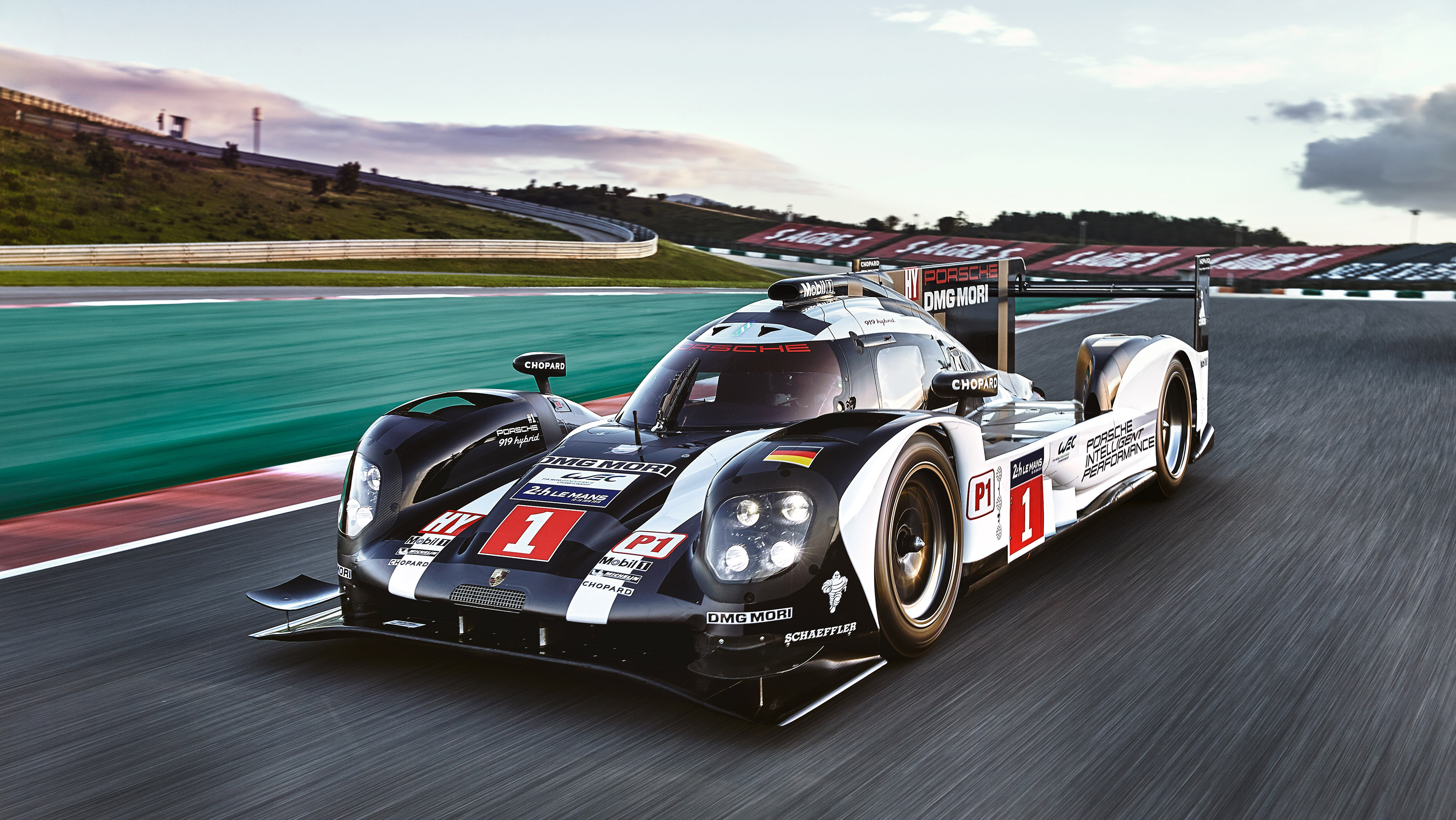 2016 Porsche 919 Hybrid LMP1 Race Car Packs 900+ Horsepower ...
