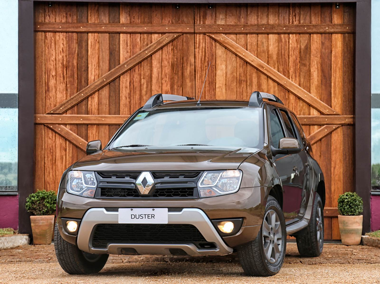 2016 renault duster launched with new look better economy in brazil autoevolution. Black Bedroom Furniture Sets. Home Design Ideas